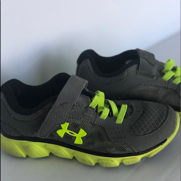 630a4a1f5d Under Armour Size 13 Boys Tennis Shoes